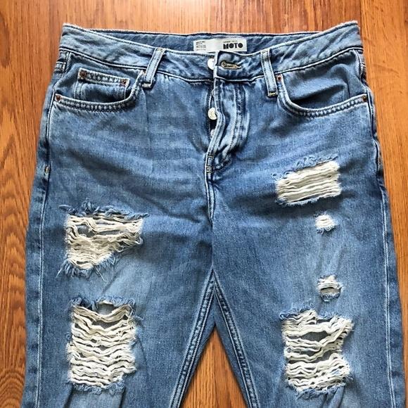 a0cbf10e6 PETITE MOTO Rip Mom Jeans. M_5c33fb62c9bf50e5e6c1b5fe